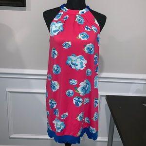 Dresses & Skirts - ⭐️NEW⭐️ Halter dress with scallop trim